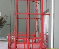 导轨式升降机的结构特点和行业用途